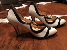 Cole Haan Air Platform Pumps Black and Ivory Size 6 1/2 B