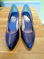 Ladies 1970s/80s vintage court shoes, Marks&Spencer, size 4, new, purple leather