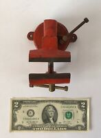 ⭐️Vintage 2-1/2'' Bench Vise Swivel Base Anvil Pipe Jaws Red Light Use Unsigned