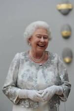 HM Queen Elizabeth II 5x7 Gloss Colour Photograph (10)