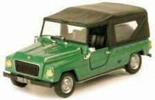 Voitures de tourisme miniatures verts en plastique