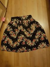 Cute floral mini skirt size 8 great night out skirt stretch waist band