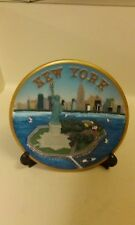 Vintage New York City Statue of Liberty Souvenir 3-D PLATE Twin Towers