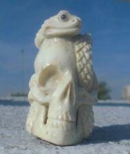 TESCHIO con serpente, Skull da CORNO SCOLPITO Memento Mori
