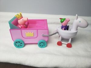 PEPPA PIG Princess Peppa's Carriage with Horse 2 Figures