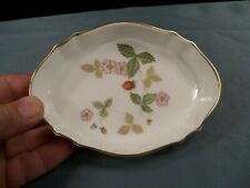 "Wedgwood Wild Strawberry 5 1/8"" Bone China Silver Tray Pin Dish - Excellent"