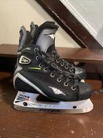 Mission Fuel 80ag Ice Hockey Skates Size 2.5 E.