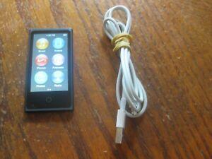Apple iPod nano 7th Generation Space Gray (16 GB) Bundle