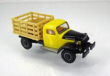 """Busch 44019 Dogde Power Wagon """" Transporter mit Kisten """""""