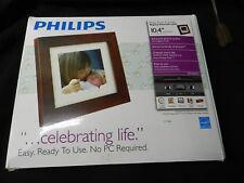 "Philips Digital Photoframe 10.4"" LCD Panel Brown Wood Frame SPF3400 G7 1GB SD"