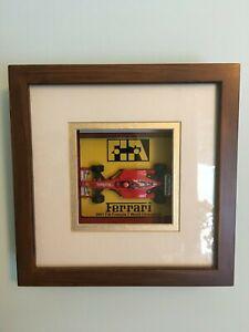 1:43 Ferrari F2001 M.Schumacher World Champion Shadow Box - Marlboro Hot Wheels