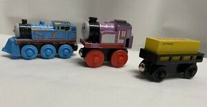 Thomas And Friends Wooden Railway Train 3 Cars: Snowy Thomas, Rosie, Sodor Cargo