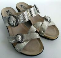 Mephisto Air-Relax Womens Size 8 38 Silver Snakeskin Leather Wedge Slide Sandals