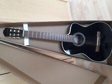 Konzertgitarre Takamine EG124C BK mit Pickup/TP4T Preamp