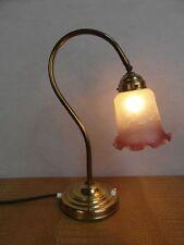 Tischlampe Leuchte Lampe Antik Messing Berlin Glasschirm geprägt Stofffk. 24b6