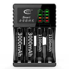 Chargeur de batterie à 4 fentes LED pour piles rechargeables NiMd AAA AAA