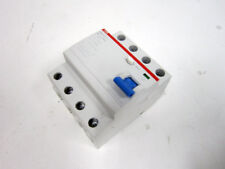 ABB 427813 F204 AC SWITCH DIFFERENTIAL PURE 4P 40A 30MA 0,03A