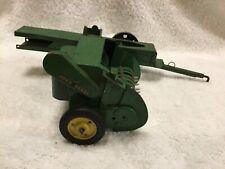 Vintage Ertl John Deere Tru Scale Pressed steel Hay Baler toy 1/16 scale