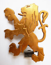 Insigne logo mascotte automobile PEUGEOT lion voiture vers 1970