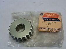 NOS YAMAHA 8A8-17682-90-00 CHAIN DRIVE SPROCKET 19T SRX340 SRX440