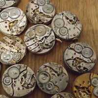 Steampunk-Uhrwerk zerteilt Zahnräder Räder verschiedene Los Industriekunst E4A4