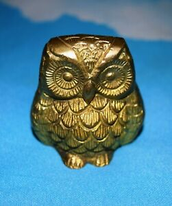 Brass Collection Owl Shape Paperweight Handmade Gold Finish Table Showpiece AR96