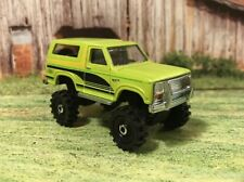 1985 Ford Bronco 4x4 Lifted Custom 1/64 Diecast Monster Truck Farm Off Road 4WD
