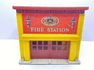 Vintage 1979 Fisher Price Fire Station #928 Little People Fire House Toy - Works