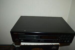 LECTEUR CD ONKYO  DX-701 COMPACT DISC PLAYER  FONCTIONNE