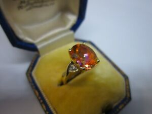A Magnificent Ladies 9ct Gold Mystic Topaz & Diamond Solitaire Ring Size H, 2.1g