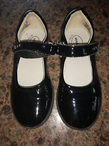 Stride Rite Mary Jane shoes Patent leather EUC girl's sz 10.5W silver stud strap