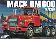 1:25 MPC MACK Heavy Duty DM600 Semi Truck Plastic Model Kit *NEW SEALED*