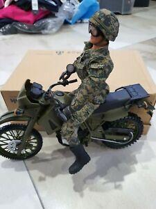 World peacekeepers 12'' soldier with Kawasaki dirt bike