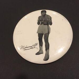 1960's CASSIUS CLAY MUHAMMAD ALI BOXING PM10 STADIUM PIN PINBACK BUTTON RARE 3.5