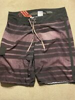 Mens Billabong Platinum Black Burgundy Board Shorts Swimsuit Trunks 34