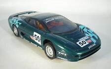 Hornby Hobbies environ 1/32 slotcars Jaguar sport #066