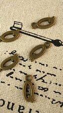 Alfabeto Lettera Q Ciondolo bronzo stile vintage gioielli forniture C32