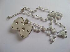 RÉDUCTION nouveau dépoli blanc & SILVER BOW DIAMANTE collier avec blanche chaînette