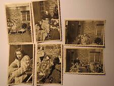 Männer & Frauen in Winter-Kleidung im Liegestuhl in Sonne Pelzmantel / 6x Foto