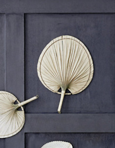 40x55cm Natural Palm Leaf Hand Fan, Boho Mid Century Natural Rustic Wall Decor L