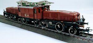 Marklin HO 3352 Swiss (SBB) Crocodile Ce 6/8 III Heavy Electric Locomotive Brown