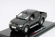 Vitesse Mitsubishi L200 Warrior Crew Pick Up Truck 1/43 Dealer Ed Rare Sun Star