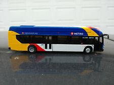 NEW FLYER XN40 Metro Transit 87-0251 Minneapolis St Paul MN iconic HO 1 87 bus