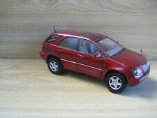 TOYOTA HARRIER 1/18th  By AUTOART   ( No Box)