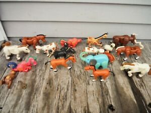 VINTAGE FISHER PRICE LITTLE PEOPLE ANIMAL LOT FARM ZOO CIRCUS 18 PIECES DRAGON