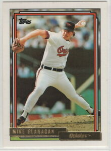 1992 Topps Gold Baseball Baltimore Orioles True Team Set with Traded (32 cards)