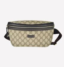 GUCCI GG Supreme Monogram Crossbody Belt Bag / 340-2140