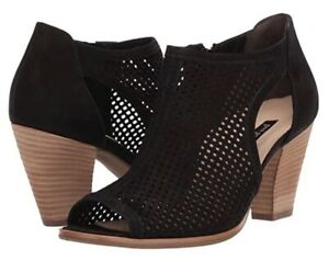 Paul Green various sizes US 8,9, & 9.5 TiannaLuxurious perforated suede upper