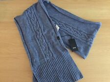 BRAND NEW HUGO BOSS MENS WOOL CABLE KNIT SCARF COLOUR BLUE
