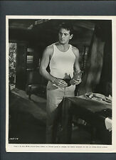 ROCK HUDSON - 1962 - HANDSOME HUNK IN HIS UNDERSHIRT - THE SPIRAL ROAD